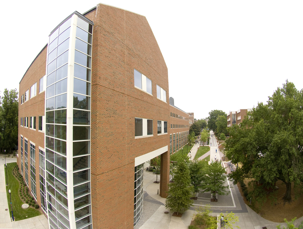 UNCG photo by David Wilson -- 8/27/2007 -- The Sullivan Science Building and walkway photographed from above.